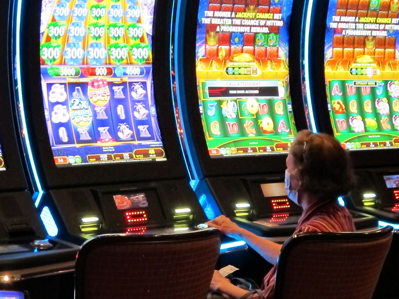 About Online Gambling Games That Are Important for Bettors to Know