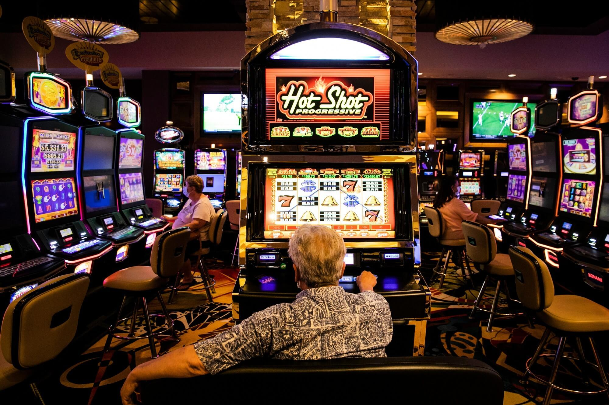 Understand How To Succeed In Playing Online Gambling