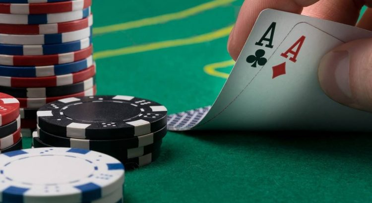 Tricks & Tips to Win Playing Online Poker Bookies